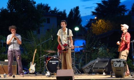 les-hardonik_vincitori-del-concorso-per-nuovi-italiani-07-08